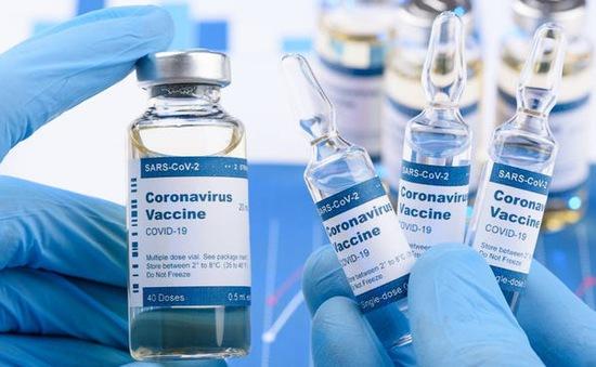 Trung Quốc và Nga đạt tiến triển trong điều chế vaccine ngừa COVID-19