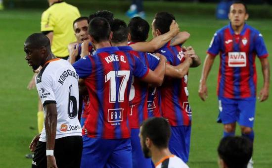 Kết quả VĐQG Tây Ban Nha La Liga hôm nay (26/6): Eibar 1-0 Valencia, Betis 1-0 Espanyol