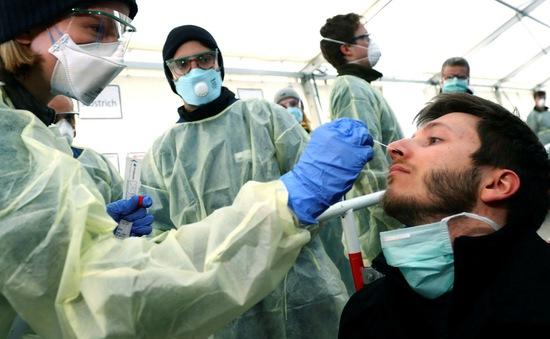 Chỉ số lây nhiễm dịch COVID-19 ở Berlin (Đức) lên mức báo động đỏ