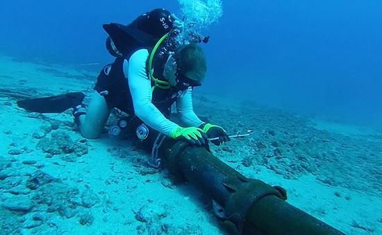Cáp quang AAG vừa khôi phục, cáp biển AAE-1 lại gặp sự cố