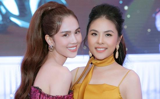 Diễn viên Vân Trang tự tin đọ dáng bên Ngọc Trinh