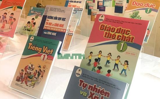 Kiểm tra, rà soát Long An và Khánh Hòa chọn sách giáo khoa bất thường