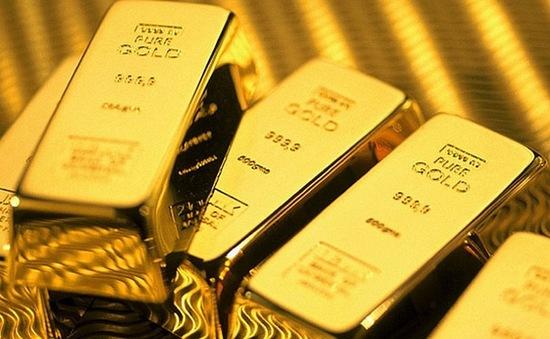 Vàng - Điểm sáng rực rỡ trong bức tranh kinh tế toàn cầu ảm đạm