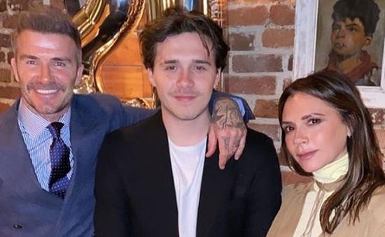 Victoria Beckham phấn khích khi con trai kết hôn