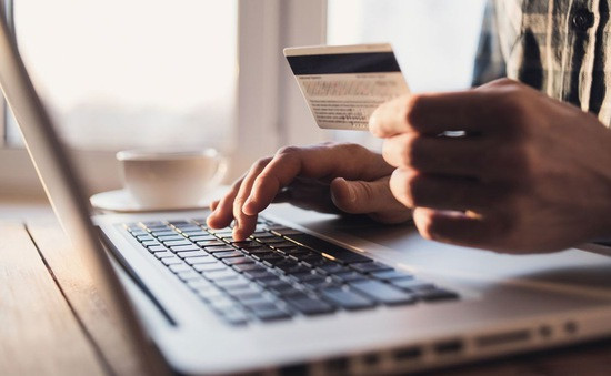 Mua sắm trực tuyến gây hại cho môi trường như thế nào?