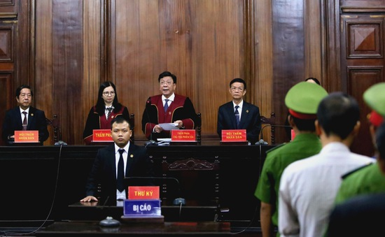 Tòa trả hồ sơ vụ án Trần Phương Bình gây thiệt hại 8.800 tỷ đồng tại ngân hàng Đông Á