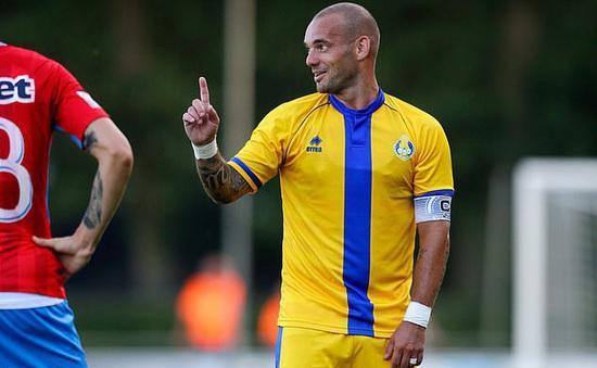 Wesley Sneijder quyết định quay trở lại sân cỏ