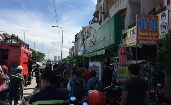 Cháy khu nhà trọ sinh viên, 6 người được giải thoát