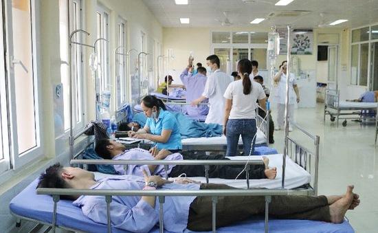 Quảng Ninh: 17 người nhập viện nghi ngộ độc thực phẩm