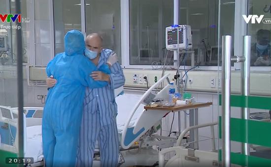 """VTV Awards 2020: Vợ chồng bệnh nhân người Anh nhiễm Covid-19 được đề cử hạng mục """"Hình ảnh thời sự ấn tượng"""""""