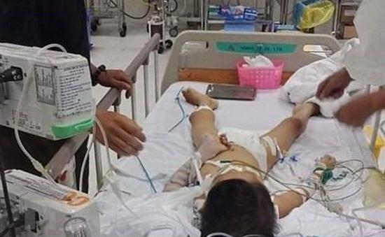 Bộ Y tế yêu cầu làm rõ sự cố bé trai 7 tuổi tử vong sau ca mổ lấy đinh ở tay