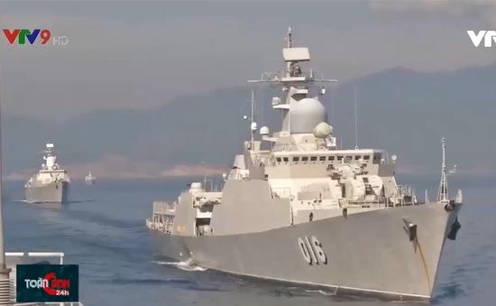 """Vùng 4 Hải quân xây dựng """"chi bộ tàu 4 tốt"""""""