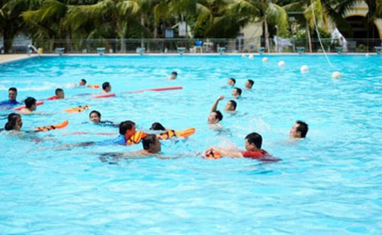 Bộ Giáo dục và Đào tạo tập huấn chống đuối nước trẻ em cho giáo viên thể chất