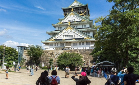 """Người dân Nhật du lịch thời COVID-19, """"vừa đi, vừa lo"""""""