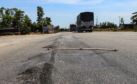 Dừng thu phí nếu chậm khắc phục hằn lún đường