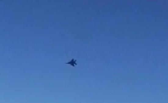 Iran cáo buộc chiến đấu cơ Mỹ áp sát máy bay nước này