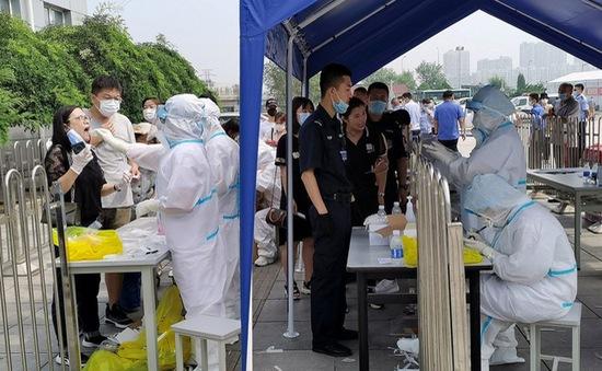 Nguy cơ dịch COVID-19 lan rộng từ điểm nóng Đại Liên, Trung Quốc