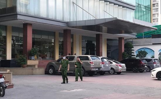 Bé trai 5 tuổi tử vong khi rơi từ tầng 9 khách sạn