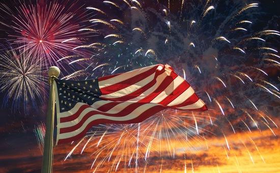 Người dân Mỹ đón mừng Quốc khánh 4/7 chưa bao giờ khác biệt như thế!
