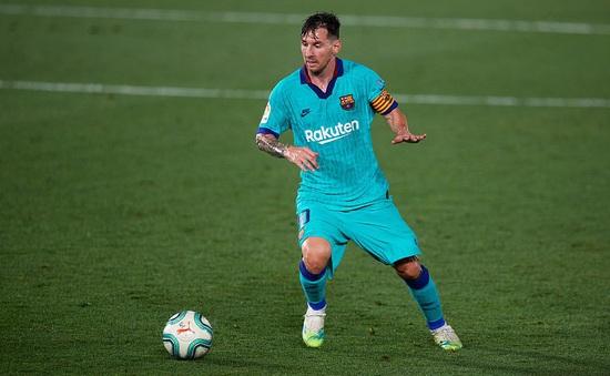 Villarreal 1-4 Barcelona: Messi lập cú đúp kiến tạo, Barca thắp lửa hy vọng