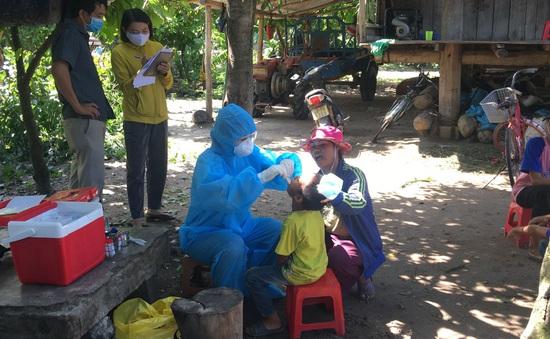 Đắk Lắk: Tiêm vaccine phòng bạch hầu cho hơn 700 người