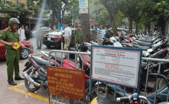 Xử phạt 147 trường hợp trông giữ xe trái phép trên phố cổ Hà Nội