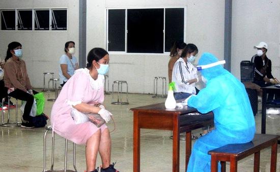 Cách ly 109 thai phụ từ Đài Loan về nước, 1 người phải chuyển vào viện
