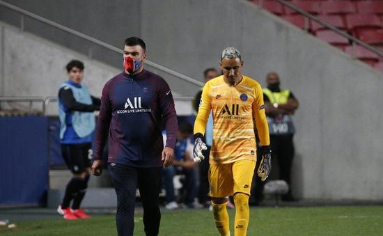 Keylor Navas chấn thương, PSG lo lắng trước trận gặp RB Leipzig