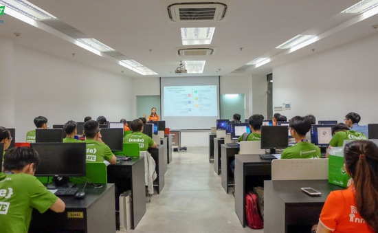 Đào tạo nhân lực chất lượng cao cho ngành công nghệ Việt