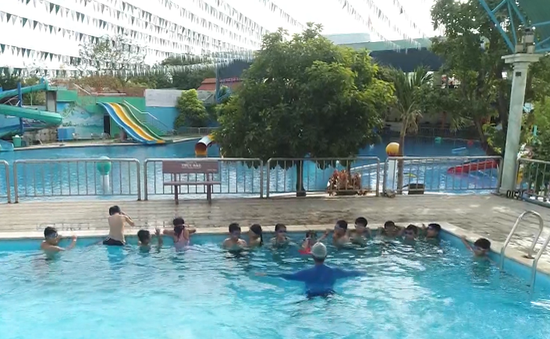 60% trẻ em vùng ven biển không có kỹ năng bơi lội