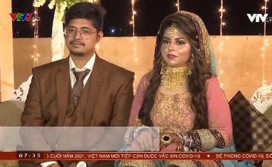 Giá vàng tăng cao, người dân Pakistan dùng đồ mỹ kí trong đám cưới