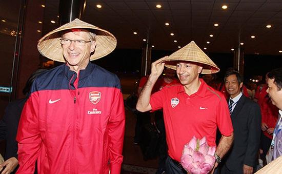 HLV Wenger dẫn dắt tuyển các ngôi sao bóng đá Pháp thi đấu giao hữu ở Việt Nam