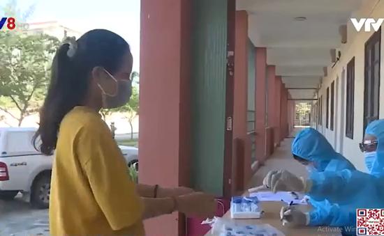 Huế siết chặt phương tiện ra vào tại các chốt phòng dịch