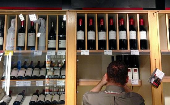 """Rượu vang nhập khẩu từ Australia """"rơi vào tầm ngắm"""" của Trung Quốc"""
