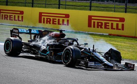 Đua xe F1: Tại sao các bộ lốp liên tiếp hỏng ở cuối GP Vương Quốc Anh