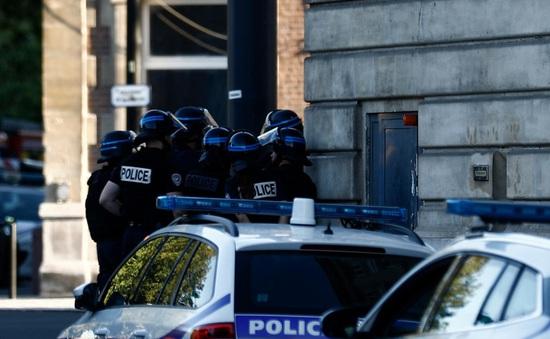 Phần tử có vũ trang bắt giữ con tin tại ngân hàng ở Le Havre, Pháp