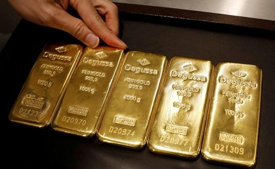 Giá vàng thế giới tăng hơn 2% trong tuần qua