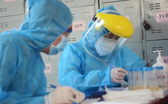 Phát hiện 1 người nước ngoài dương tính với COVID-19 sau khi rời Việt Nam