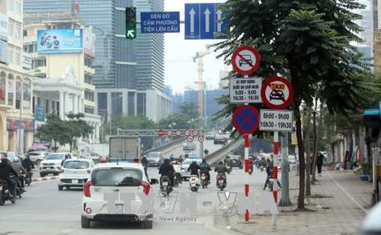 Từ 15/9, Hà Nội tiếp tục cấm taxi, xe hợp đồng trên 10 tuyến phố