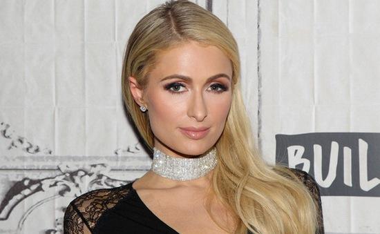 Paris Hilton tính chuyện sinh con ở tuổi 40