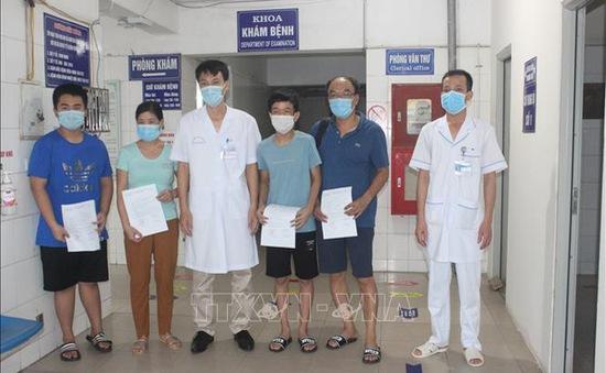 """Toàn bộ bệnh nhân COVID-19 liên quan đến ổ dịch nhà hàng """"Thế giới bò tươi"""" tại Hải Dương đã xuất viện"""