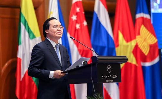 Học sinh Việt Nam không thể thiếu năng lực số
