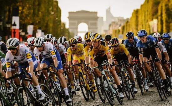 Sam Bennett về nhất chặng 21 Tour de France 2020