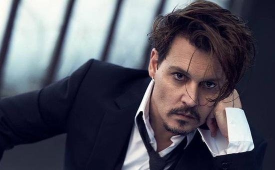 Johnny Depp không nhận mình là ngôi sao Hollywood