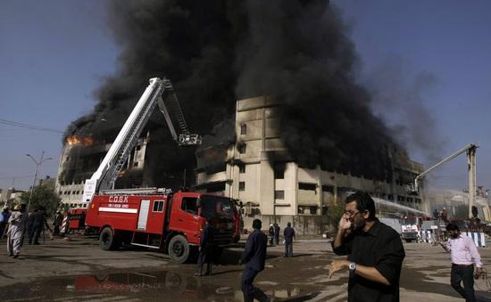 Pakistan kết án tử hình 2 đối tượng đốt nhà máy may khiến hơn 260 người thiệt mạng