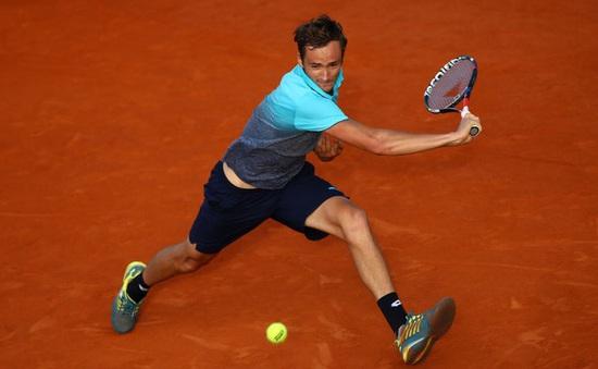 Bất ngờ tại vòng 1 giải quần vợt Hamburg mở rộng