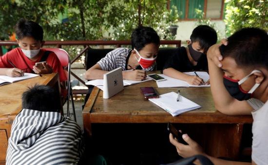 Độc đáo cách xử lý rác của học sinh ở Jakarta