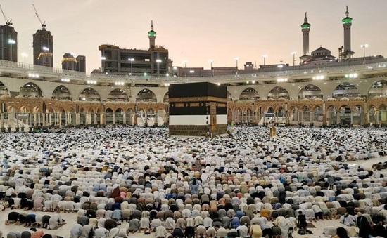 Saudi Arabia nối lại lễ hành hương Umrah đến thánh địa Mecca và Medina
