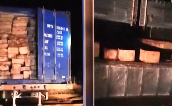 Điều tra xử lý vụ vận chuyển hơn 20m3 gỗ Pơmu trái phép