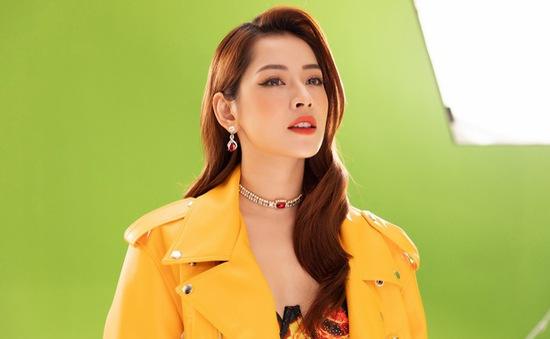 Chi Pu ra mắt MV mới, bất ngờ chỉ sử dụng phông nền xanh